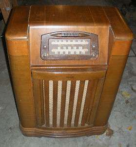 AVAILABLE 1946 Philco Phonograph Tube Radio Model 46 1209 Shortwave/AM