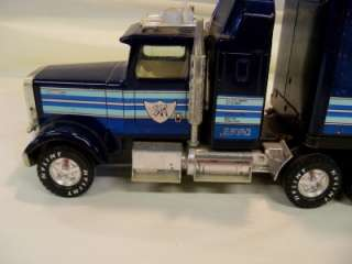 1960 70S NYLINT SILVER KNIGHT EXPRESS TRUCK SEMI TRACTOR TRAILER TOY