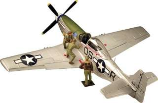 32 Scale Corgi US34407 P 51 Mustang, Lt. Col. Elder w/ Crew MINT NEW
