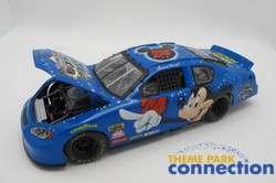 Disney Daytona 500 Mickey Mouse Event NASCAR 124 Die Cast 2004 Model