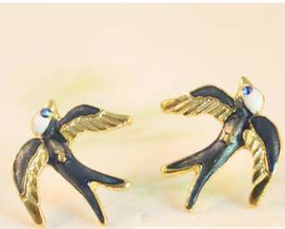 Stylish Antique Gold Plated Blue Lovely Swallow Birds Stud Earrings