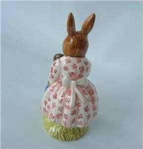 Vtg Royal Doulton Dollie Bunnykins Porcelain Figurine Mrs Bunny Rabbit