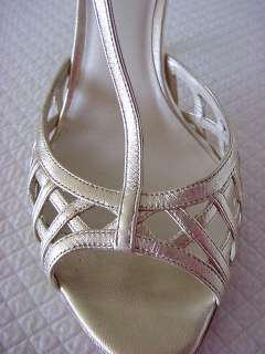CHRISTIAN DIOR Shoe soft gold Tstrap w/ D charm 8 Charming
