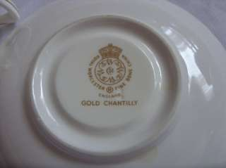 LOVELY ROYAL WORCESTER GOLD CHANTILLY 5PC PLACE SETTING