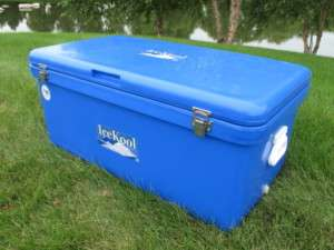 105 Quart (100 Liter) Standard Ice Chest Cooler (Icekool Seconds