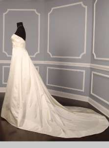 AUTHENTIC Reem Acra 4000 Kailani Light Ivory Silk Satin Couture Bridal