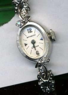 Lovely 14K solid gold Wittnauer ladies wrist watch