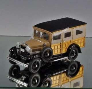 Danbury Mint Die cast car 1931 Ford Model A Station Wagon Woody