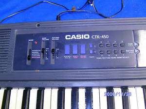 CASIO CTK 450 ELECTRONIC KEYBOARD LARGE WORKS GREAT