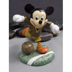 Disney Mickey & Friends   Big Shot Figurine Home