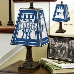 New York Yankees 14 inch Art Glass Lamp