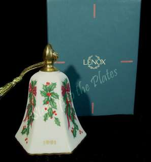 Annual Holiday Christmas Tree Ornament Bell Holly & Berry MIB