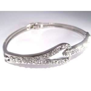 Fashion Plating Platinum and Diamond Bracelet br10021