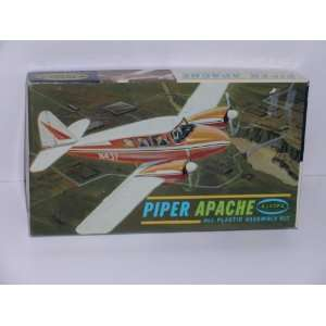 Piper Apache Civilian Aircraft  Plastic Model Kit: Everything Else