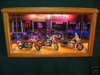 LIGHTED 118 DIECAST HD HARLEY MOTORCYCLE DISPLAY CASE