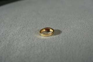 SILVER GOLD SMOOTH ETERNITY STYLE BOLD BAND SQUARE RUBY RING 6