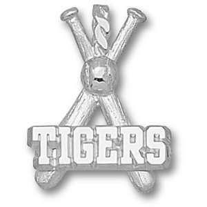 Louisiana State University Tigers Bats Pendant (Silver)