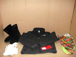 WHOLESALE LOT OF ASSORTED WOMENS SM/MED CLOTHING