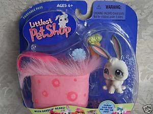 Littlest Pet Shop BUNNY w/CASE #18 NIB Retired NEW 2004