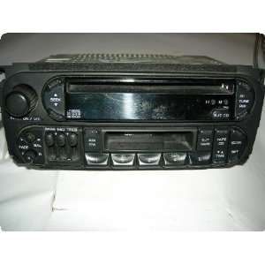 Radio  GRAND CHEROKEE 01 receiver, AM FM stereo cassette CD player, w
