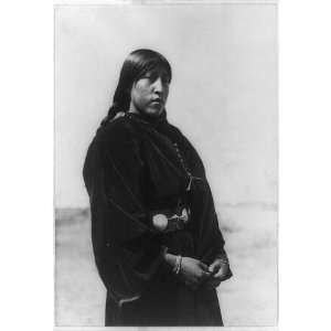 Arapaho maiden,woman,Native Americans,North,Indians,clothing,E Curtis