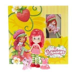 Hasbro Strawberry Shortcake Mini Doll and DVD Toys