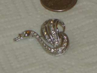 Vintage Estate Jewelry Pin Brooch Rhinestone Goose or Swan Beautiful