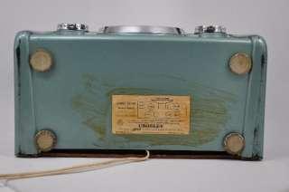 Vintage Crosley Metallic Green Dashboard Table Top Radio Model 10 140